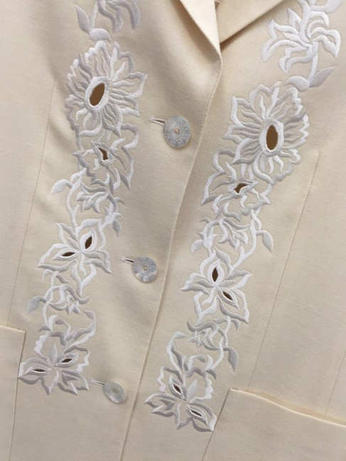 Escada Floral Embroidered Perforated Cream Blazer Image 2