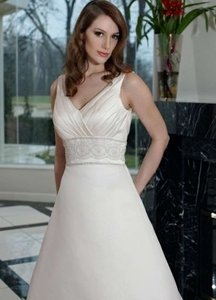 DaVinci Bridal Ivory Satin 8441 Formal Wedding Dress Size 8 (M)