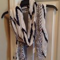 Urban Outfitters scarf Image 2