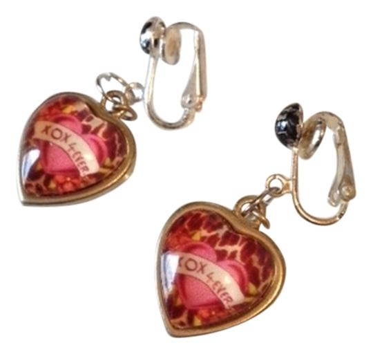 Preload https://item2.tradesy.com/images/hot-pink-and-black-bubbly-heart-earrings-1723011-0-0.jpg?width=440&height=440