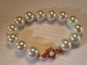 Other Bridal Rose Gold Clasp White Faux Pearl Bracelet