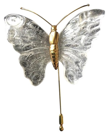 Preload https://img-static.tradesy.com/item/17231620/gold-etched-crystal-butterfly-pin-0-1-540-540.jpg