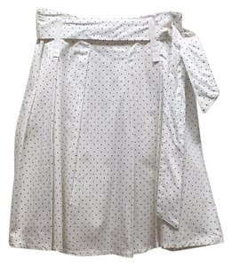 Chic Fille Skirt White with black dots