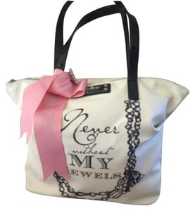 My Flat in London Tote in Cream W/pink