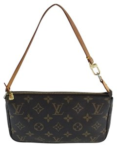 Louis Vuitton Lv Pouch Neverfull monogram Clutch