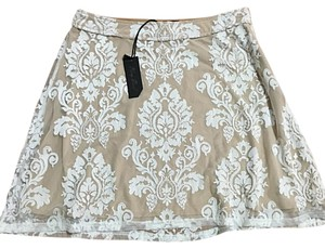 Honey Punch Mini Skirt Beige/white