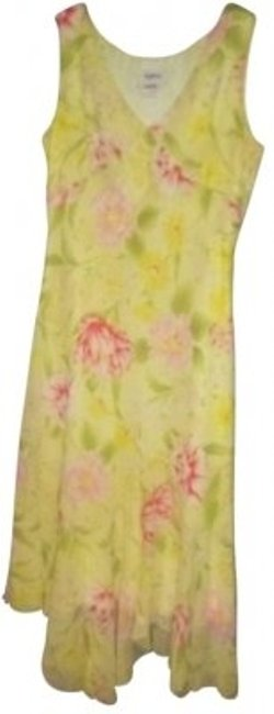 Preload https://img-static.tradesy.com/item/172368/together-light-yellow-with-large-pink-flowers-mid-length-workoffice-dress-size-12-l-0-0-650-650.jpg