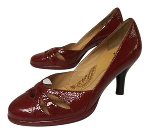 Eürosoft by Söfft Patent Leather Sofft Comfy red Pumps