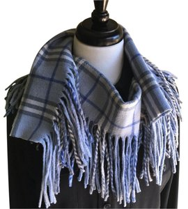 Burberry London Burberry Happy Scarf