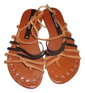 Matt Bernson Brown/Black Suede Sandals