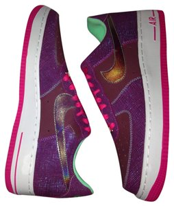 Nike Purple and pink Athletic