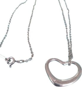 Tiffany & Co. TIFFANY & CO ,STERLING SILVER,ELSA PERETTI CHAIN WITH OPEN HEARTH