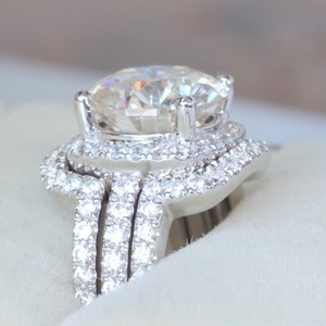 All Sizes Vvs1 3ct Cushion Cut Diamond Engagement Ring Pt950 3ct Nscd Sona Simulated Diamond Engagement Stacked Band Set