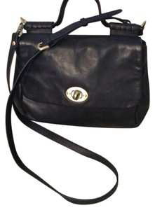Sabina Satchel in Black
