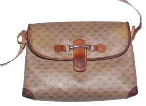 Gucci 1980's Envelope Style Equestrian Accents Great For Everyday Excellent Vintage Cross Body Bag