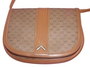 Gucci Envelope Flap Cross Body Bag