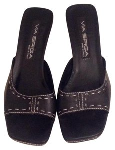 Via Spiga Black with white stitching. Sandals