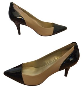 Bandolino Heels Colorblock Black & Tan Pumps