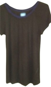 Vera Wang T Shirt black with blue collar trim