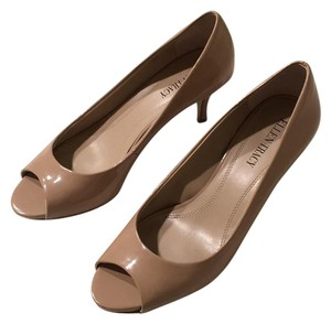 Ellen Tracy Nude Pumps