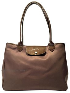 Longchamp Patent Leather Tote in LePliage XLarge Pale Brown With Brown