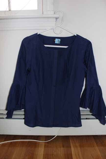 Preload https://item4.tradesy.com/images/navy-blouse-size-4-s-1725803-0-0.jpg?width=400&height=650