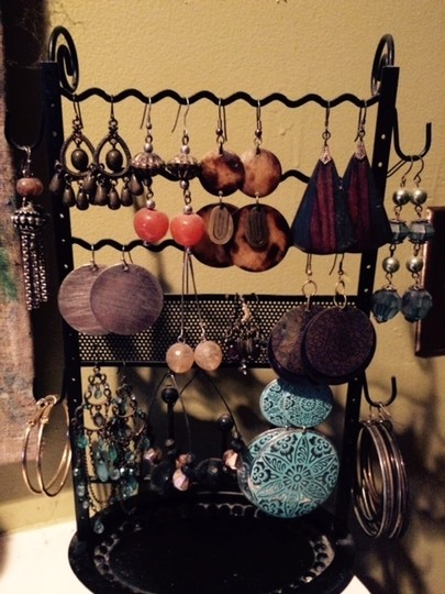 Mixit mixed collection of beautiful earrings