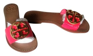 Tory Burch Logo Pink Patent Leather Sandals