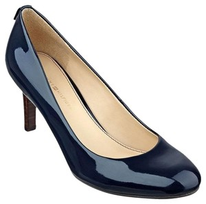 Tommy Hilfiger Navy Pumps