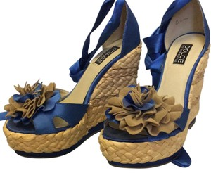 Mojo Moxy Blue Wedges