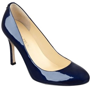 Ivanka Trump Navy Pumps