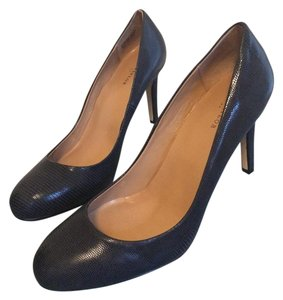 Ann Taylor midnight navy Pumps