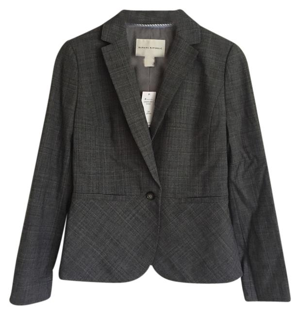 Preload https://item2.tradesy.com/images/banana-republic-gray-jacket-skirt-suit-size-petite-2-xs-1726306-0-0.jpg?width=400&height=650
