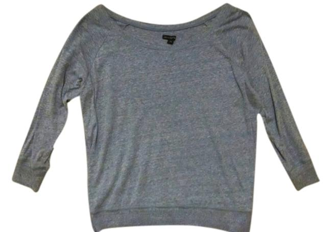 Preload https://item4.tradesy.com/images/american-eagle-outfitters-dusty-blue-sweaterpullover-size-8-m-1726413-0-0.jpg?width=400&height=650