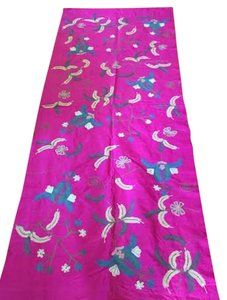 Krish Krish Pink Embroidered Flowered Shawl