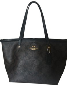Coach Tote in Light Gold/Brown/Black