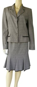 Antonio Melani New ANTONIO MELANI Gray Plaid Career Skirt Suit