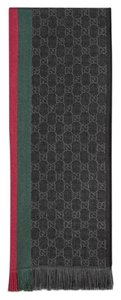 Gucci unisex GG jacquard knit scarf with web