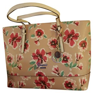 Guess Tote in Rose