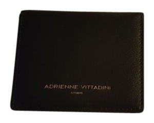 Adrienne Vittadini ** NWT ** Small Fold OUT Wallet