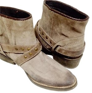 Wrangler Taupe Boots