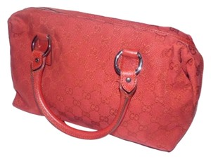 Gucci Doctor's Boston Large G Logo Print Rare All Canvas Great Pop Of Color Satchel in Red