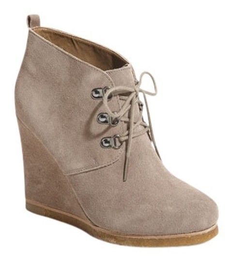 Preload https://item3.tradesy.com/images/steve-madden-taupe-suede-bootsbooties-size-us-65-regular-m-b-172752-0-0.jpg?width=440&height=440