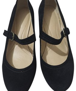 Naturalizer Black Wedges