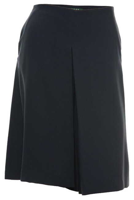 Item - Navy Blue Pleated Culotte Shorts Size 8 (M, 29, 30)