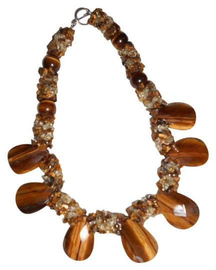 Preload https://img-static.tradesy.com/item/1727978/brown-tiger-eye-stone-huge-and-unique-statement-necklace-0-8-540-540.jpg