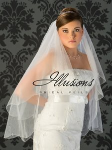 Illusions Bridal Illusions Bridal Fingertip Two Tier Beaded Veil V749