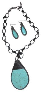 Turquoise/Black Statement Necklace with matching Earrings