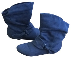 R2 Navy Boots