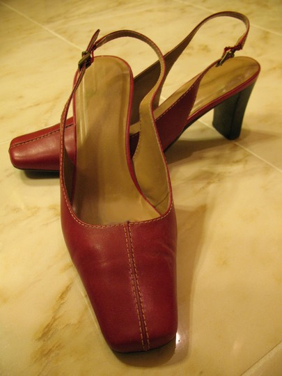 Liz Claiborne Classic Red Leather Pumps